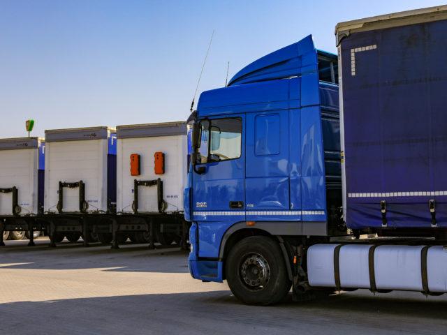 Nord-Vest-Camioane-Contracte-Tractionisti-1-640x480.jpg