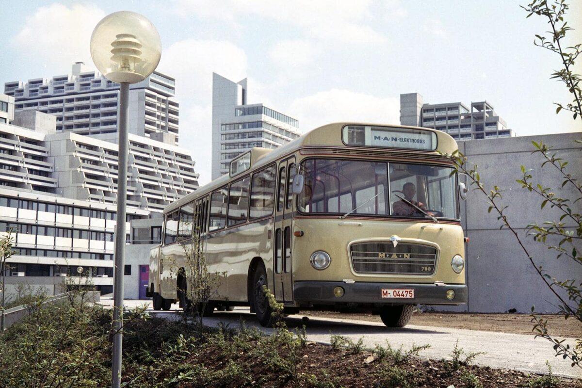 p-bus-eot-50-jahre-elektrobus-1200x800.jpg