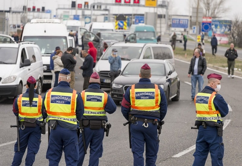 rendorseg-politia-ungaria.jpg